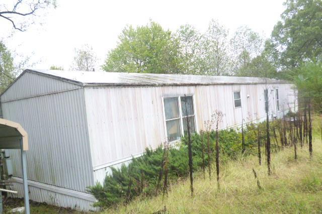 1008 Clydeton Rd, Waverly, TN 37185 (MLS #2033911) :: The Kelton Group