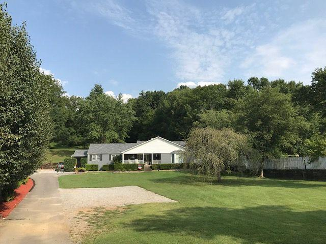 1332 S Dickerson Rd - Photo 1
