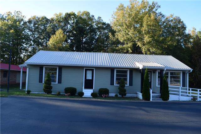 607 E Carroll St, Tullahoma, TN 37388 (MLS #RTC2026620) :: The Miles Team | Compass Tennesee, LLC