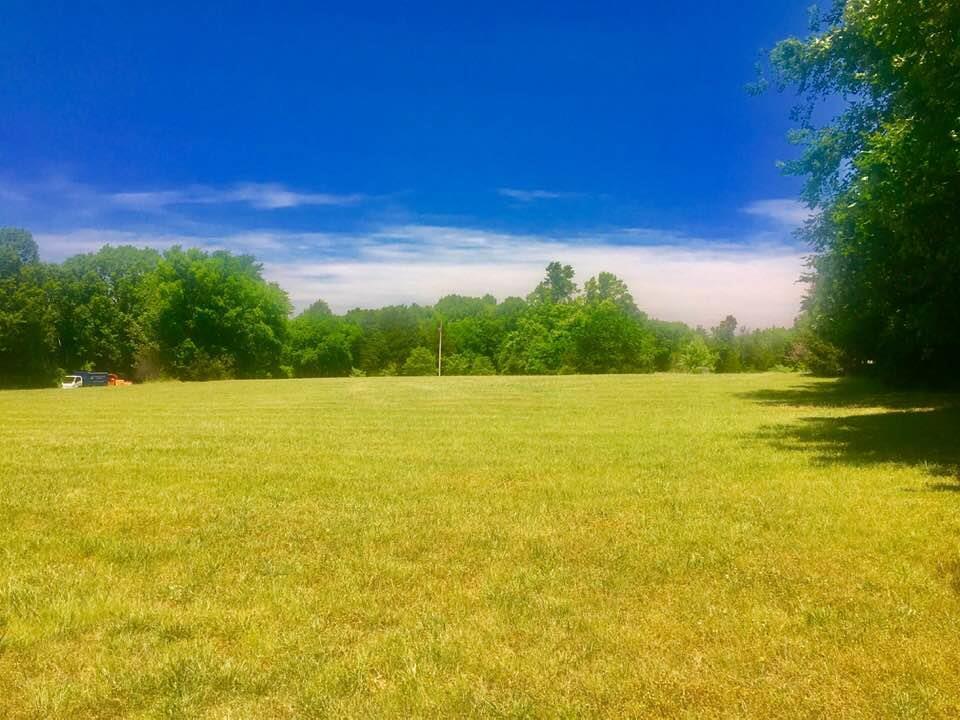 4041 Twin Oaks Ln - Photo 1