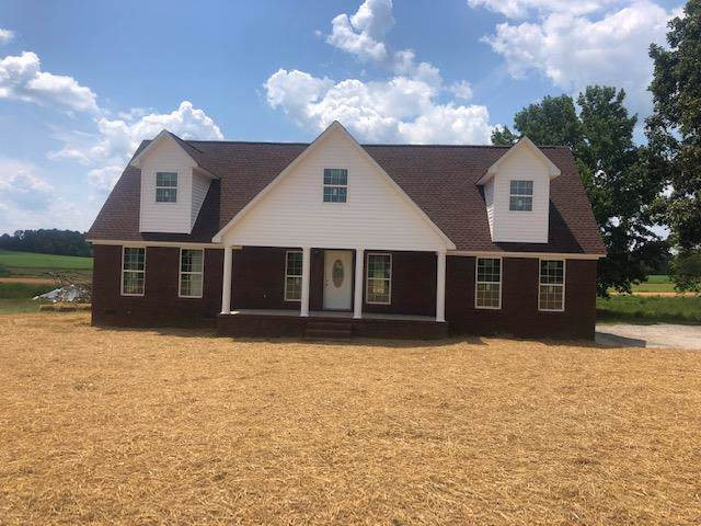 9 Lovers Lane, Lawrenceburg, TN 38464 (MLS #RTC2045052) :: Nashville on the Move