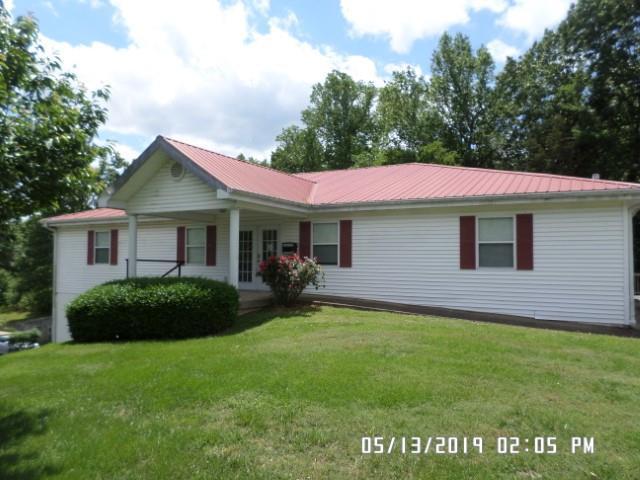 181 Prosser Rd, Lawrenceburg, TN 38464 (MLS #RTC2045702) :: Black Lion Realty