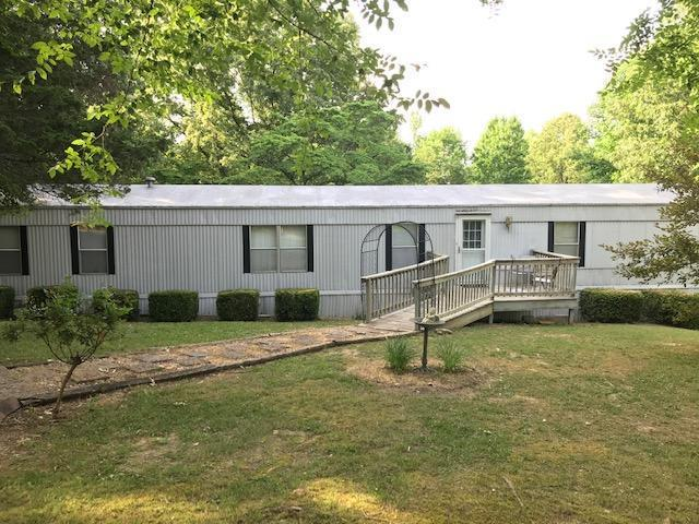 2761 Palmyra Rd, Palmyra, TN 37142 (MLS #RTC2045793) :: Christian Black Team