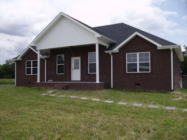 55 Butler Road, Lafayette, TN 37083 (MLS #RTC2046304) :: Village Real Estate