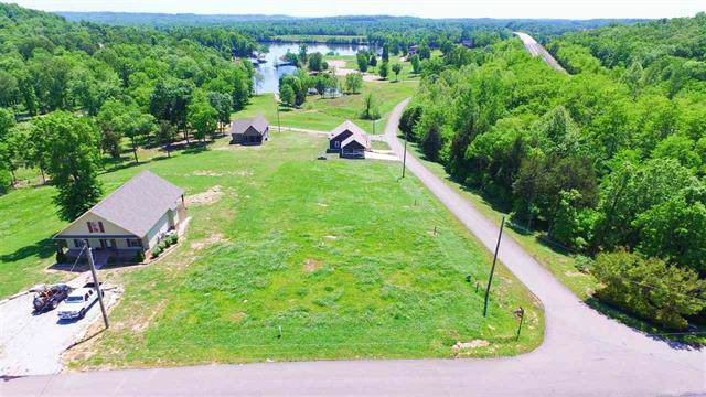 149 Riverstone Ii Loop, Bath Springs, TN 38311 (MLS #RTC2047451) :: DeSelms Real Estate
