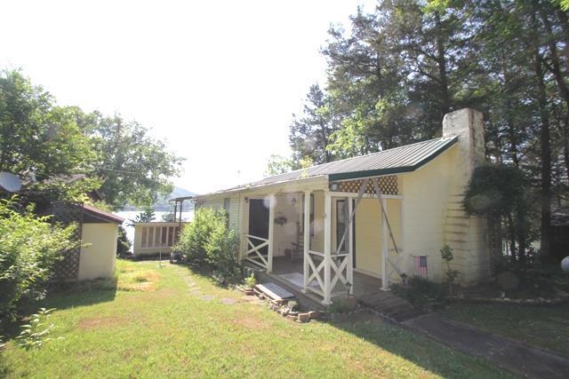 130 Lincoln Lake Rd, Kelso, TN 37348 (MLS #RTC2048929) :: The Kelton Group