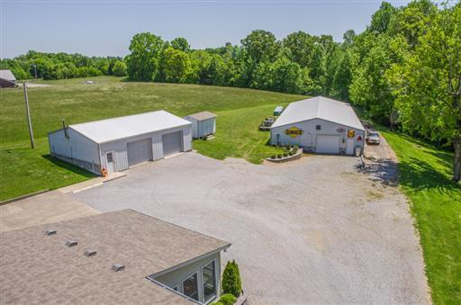 1626 New 52 Highway E, Westmoreland, TN 37186 (MLS #RTC2050470) :: Cory Real Estate Services