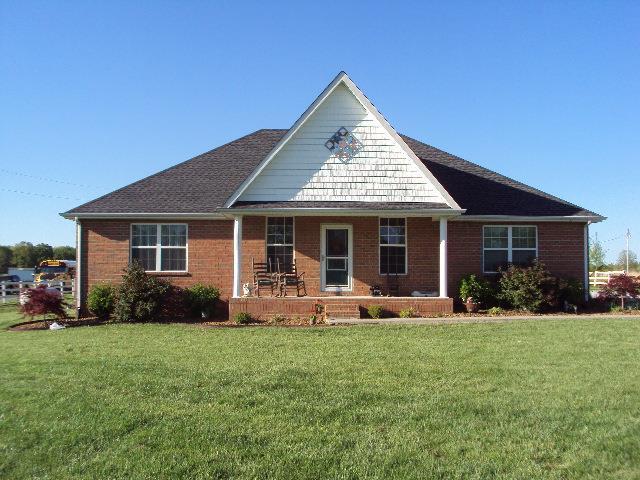 2523 Coleytown Rd, Lafayette, TN 37083 (MLS #RTC2050667) :: Oak Street Group