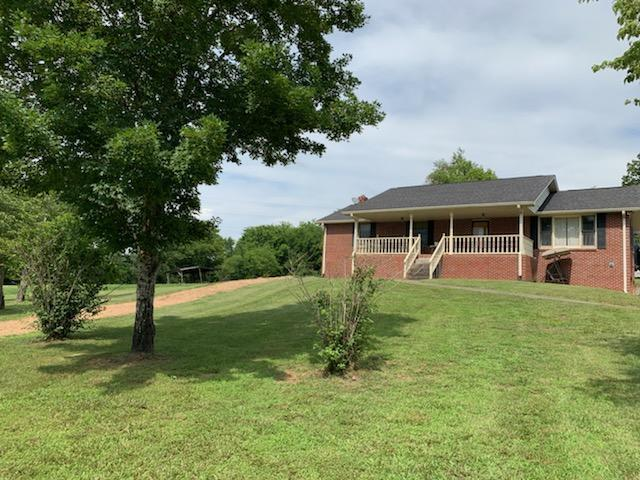 2102 Claylick Rd, White Bluff, TN 37187 (MLS #RTC2053968) :: Village Real Estate