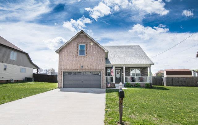 962 Silty Dr, Clarksville, TN 37042 (MLS #RTC2054115) :: Village Real Estate