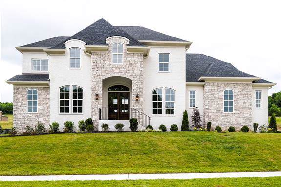 6023 Lookaway Cir, Franklin, TN 37067 (MLS #RTC2056627) :: DeSelms Real Estate