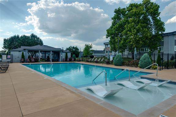 1900 Richard Jones Rd Apt V10, Nashville, TN 37215 (MLS #RTC2061624) :: Village Real Estate