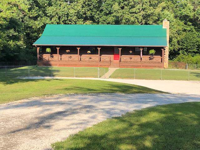 584 Bazzie Dock Rd, Dover, TN 37058 (MLS #RTC2068405) :: Ashley Claire Real Estate - Benchmark Realty