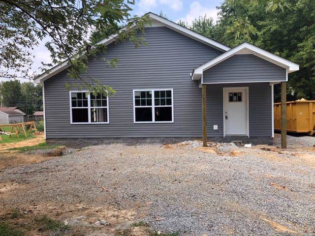 1494 Craig Dr, Clarksville, TN 37042 (MLS #RTC2069088) :: The Kelton Group