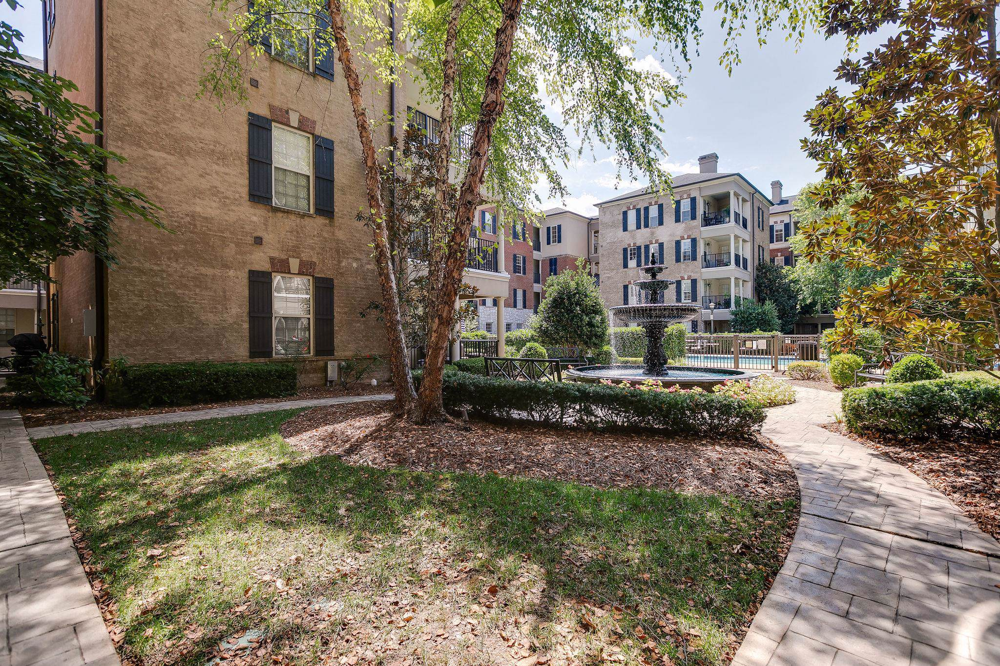 309 Seven Springs Way Apt 405, Brentwood, TN 37027 (MLS #RTC2069610) :: Nashville's Home Hunters