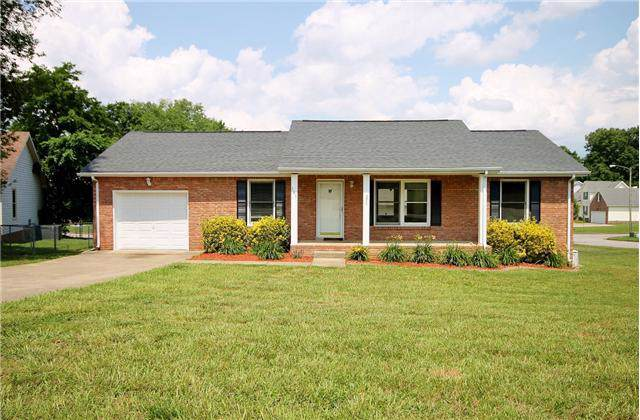191 Cave Rd, Clarksville, TN 37043 (MLS #RTC2071689) :: Ashley Claire Real Estate - Benchmark Realty
