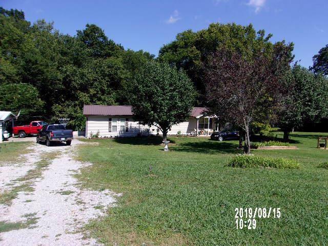 2715 Highway 25 W, Hartsville, TN 37074 (MLS #RTC2071987) :: John Jones Real Estate LLC