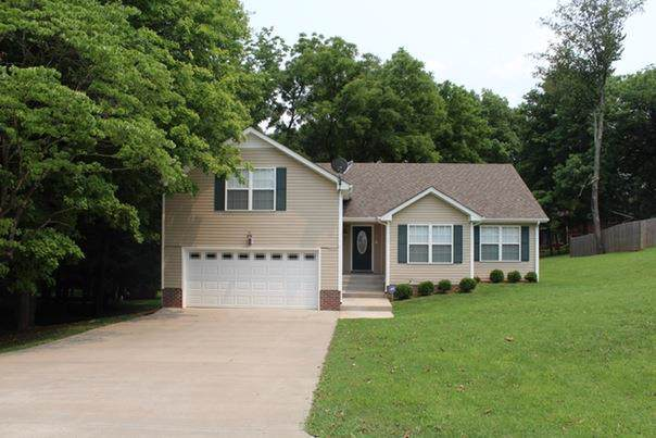 8 Idlewild, Clarksville, TN 37042 (MLS #RTC2072961) :: Ashley Claire Real Estate - Benchmark Realty