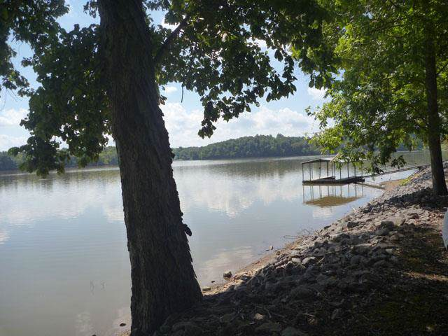 265 Shore Dr., Cadiz, KY 42211 (MLS #RTC2073111) :: Village Real Estate