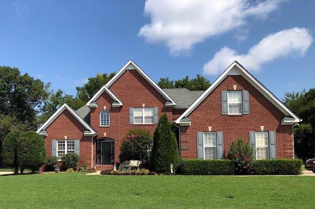 2055 Higgins Ln, Murfreesboro, TN 37130 (MLS #RTC2073922) :: FYKES Realty Group
