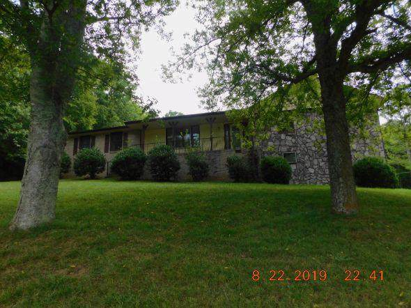 4245 Brick Church Pike, Whites Creek, TN 37189 (MLS #RTC2074678) :: The Kelton Group
