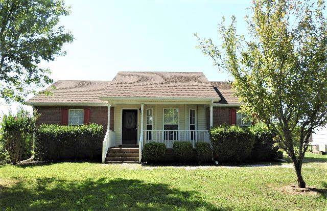 1244 Hillside Dr, Springfield, TN 37172 (MLS #RTC2074875) :: The Kelton Group