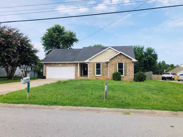 227 Moncrest Dr, Clarksville, TN 37042 (MLS #RTC2074924) :: The Matt Ward Group