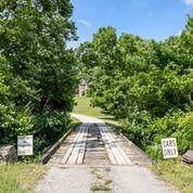 7524 River Road Pike, Nashville, TN 37209 (MLS #RTC2075900) :: Nashville on the Move