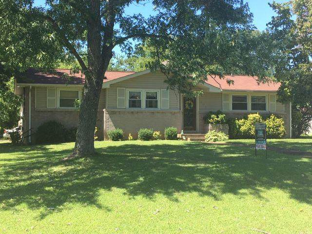 201 Elnora Dr, Hendersonville, TN 37075 (MLS #RTC2076321) :: Armstrong Real Estate