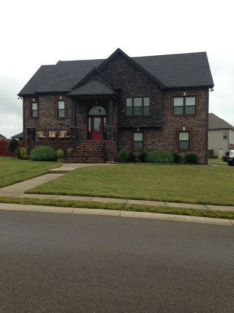 1327 Canyon Pl, Clarksville, TN 37042 (MLS #RTC2077374) :: Ashley Claire Real Estate - Benchmark Realty