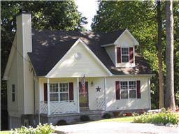 3332 Backridge Rd, Woodlawn, TN 37191 (MLS #RTC2077392) :: Village Real Estate