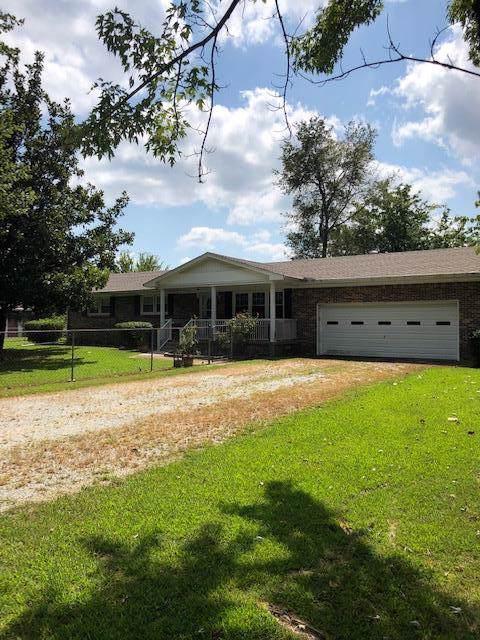 120 Mrs Gower Rd, Lawrenceburg, TN 38464 (MLS #RTC2077532) :: Village Real Estate
