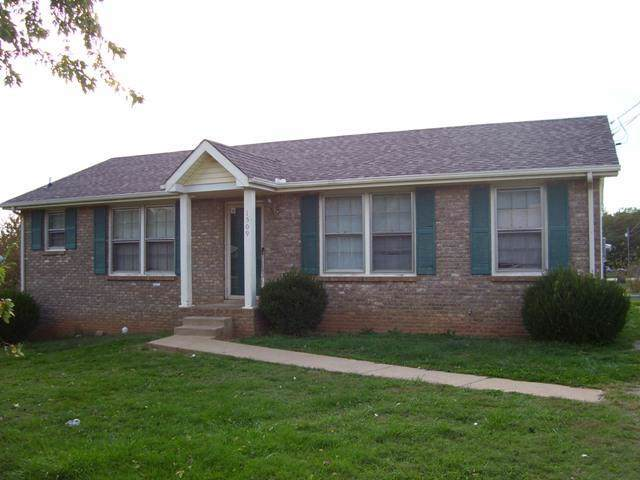 1509 Sunshine Dr, Clarksville, TN 37042 (MLS #RTC2077765) :: Village Real Estate