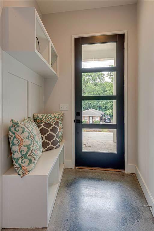 1114 Cecilia Ave, Nashville, TN 37208 (MLS #RTC2077819) :: Ashley Claire Real Estate - Benchmark Realty