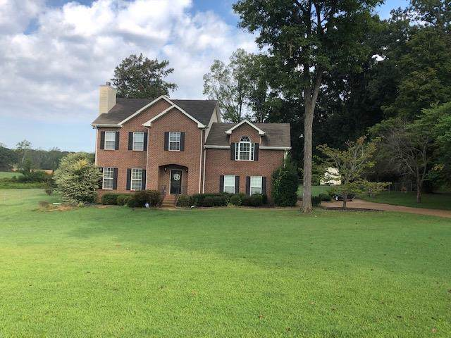 254 Eastside Rd, Burns, TN 37029 (MLS #RTC2077826) :: Nashville on the Move