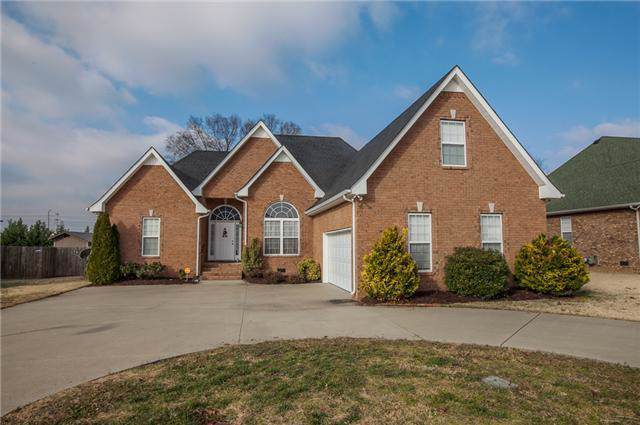 2938 Runnymeade Dr, Murfreesboro, TN 37127 (MLS #RTC2078112) :: Village Real Estate