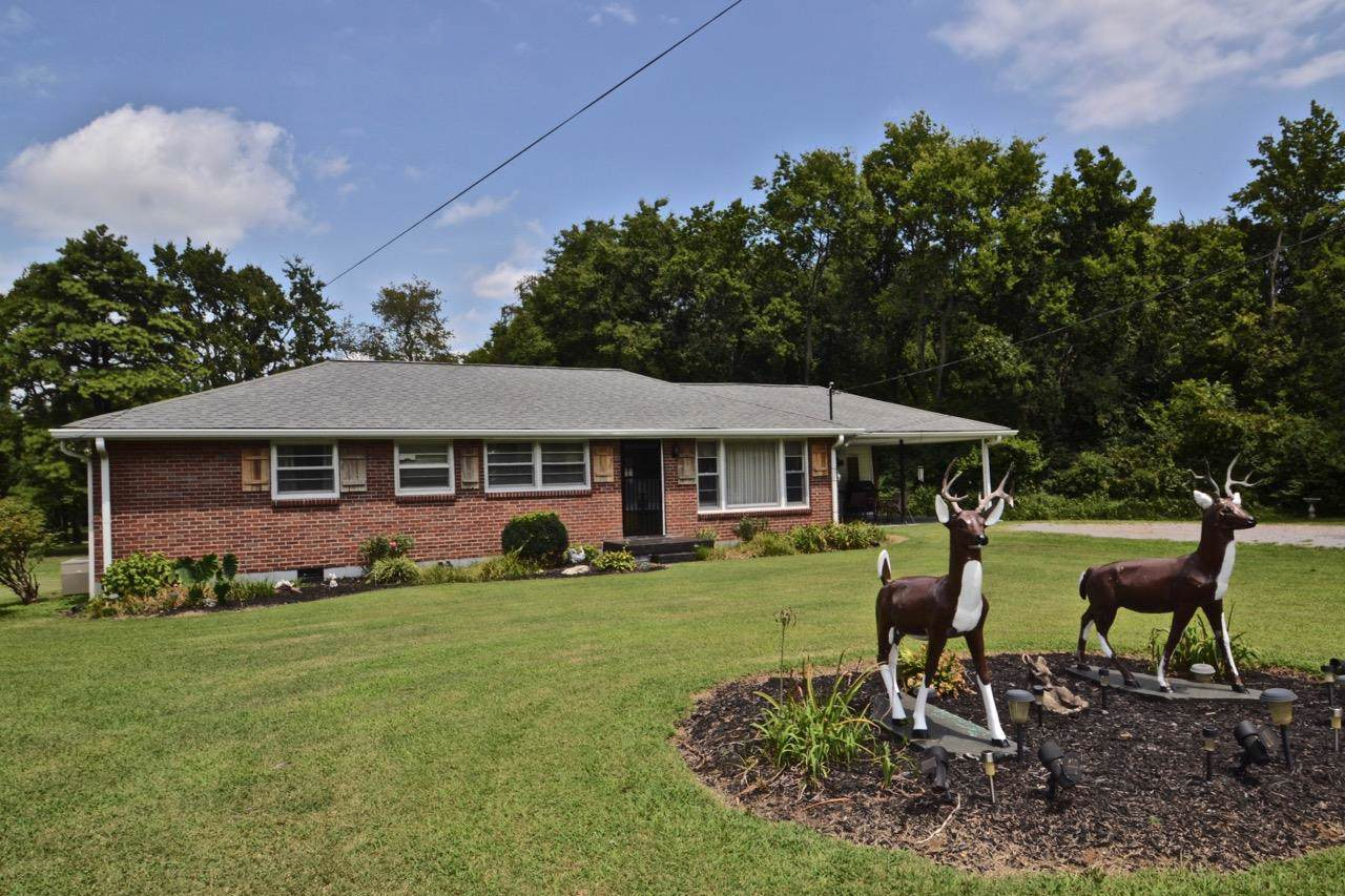 3107 Stanwyck Dr - Photo 1