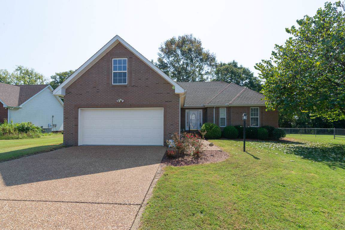123 Brookview Cir - Photo 1