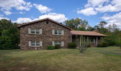 346 Hazel Dr, Centerville, TN 37033 (MLS #RTC2082425) :: Ashley Claire Real Estate - Benchmark Realty
