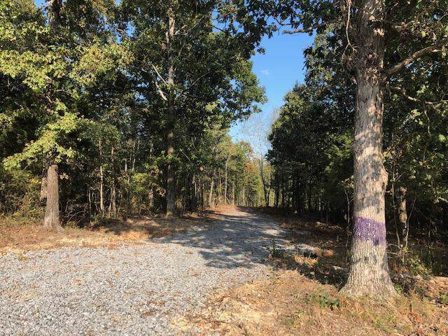 3830 Humphreys County Line Rd, Mc Ewen, TN 37101 (MLS #RTC2083856) :: CityLiving Group