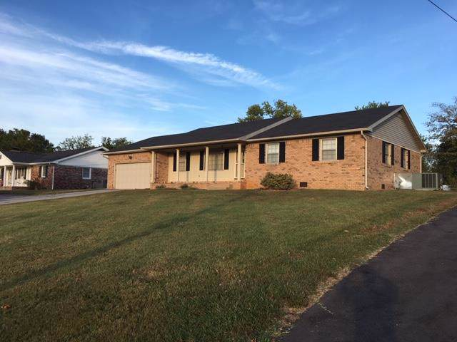 820 North Dr. N, Hopkinsville, KY 42240 (MLS #RTC2085511) :: The Huffaker Group of Keller Williams