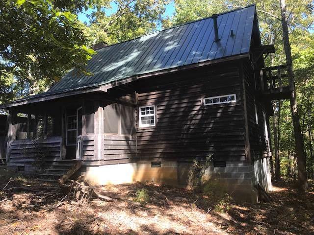 961 Chestnut Grove Cemetery Rd, Lawrenceburg, TN 38464 (MLS #RTC2085634) :: Fridrich & Clark Realty, LLC
