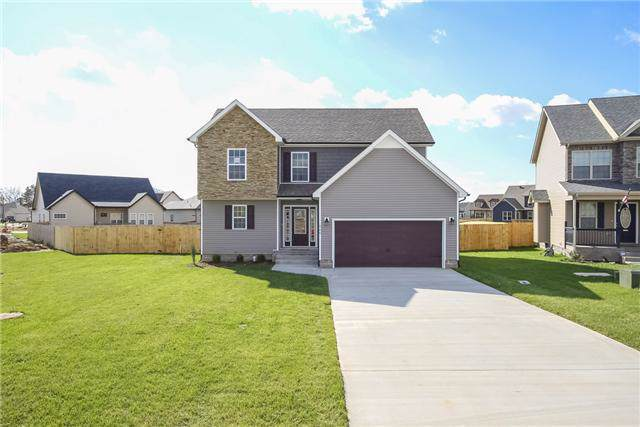 668 Wild Fox Ct, Clarksville, TN 37040 (MLS #RTC2088604) :: The Group Campbell powered by Five Doors Network