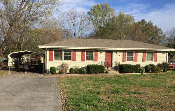 904 Pyle Ln, Hopkinsville, KY 42240 (MLS #RTC2088984) :: CityLiving Group