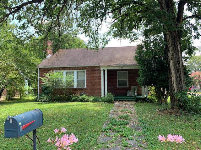 300 2Nd Ave, Columbia, TN 38401 (MLS #RTC2090271) :: Village Real Estate