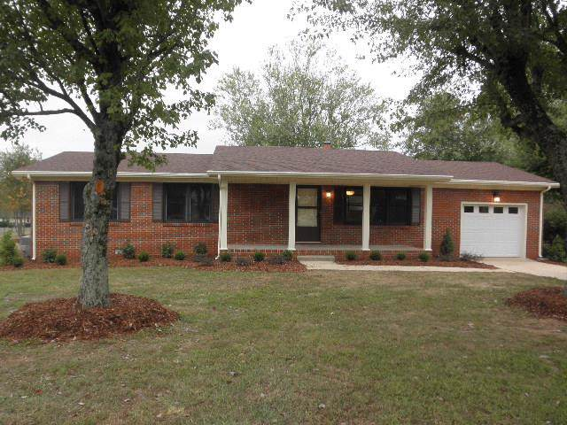 11 Hilltop Rd, Fayetteville, TN 37334 (MLS #RTC2091426) :: Nashville on the Move
