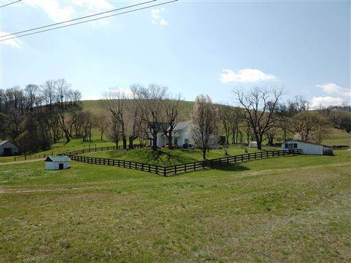 1910 Big Dry Creek Rd, Pulaski, TN 38478 (MLS #RTC2093023) :: The Group Campbell powered by Five Doors Network