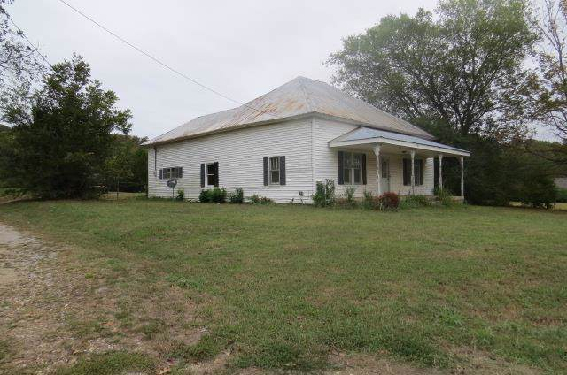 407 Main St, Prospect, TN 38477 (MLS #RTC2093129) :: Armstrong Real Estate