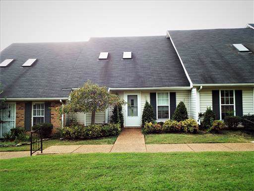 142 Lake Chateau Dr, Hermitage, TN 37076 (MLS #RTC2093133) :: The Huffaker Group of Keller Williams