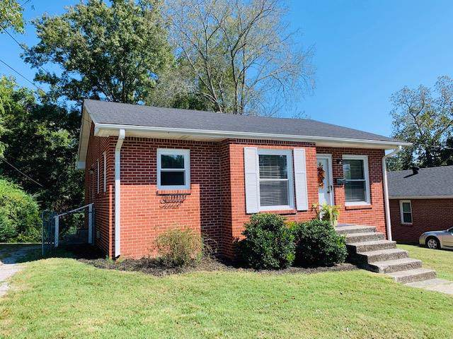 403 College Ave E, Carthage, TN 37030 (MLS #RTC2094656) :: The Group Campbell powered by Five Doors Network